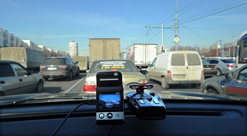 Vaizdo registratoriai skatina vairuoti tvarkingiau?
