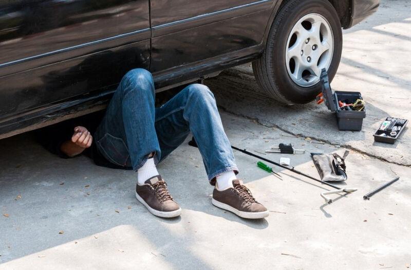 70 proc. vairuotojų savo automobilius remontuoja patys