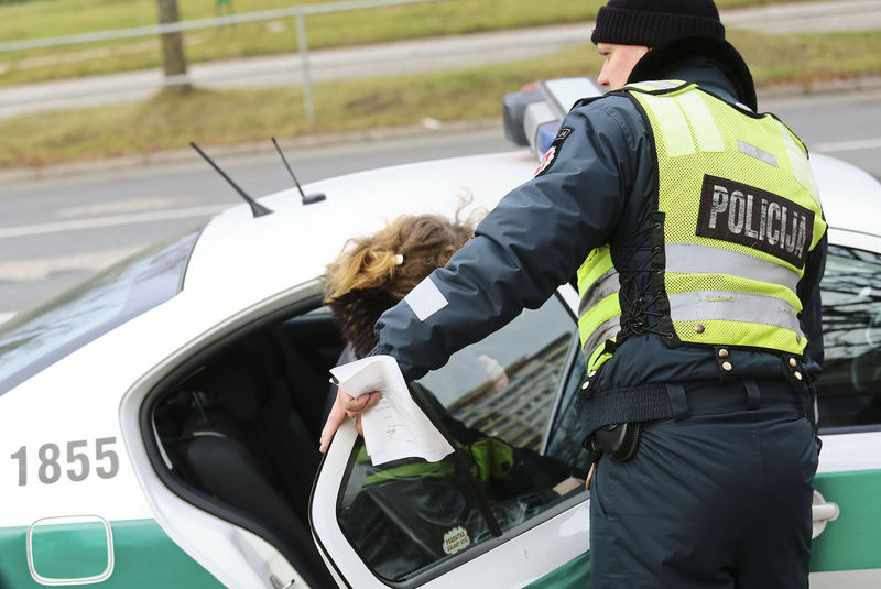 Stereotipų baimė skatina pažeisti eismo taisykles