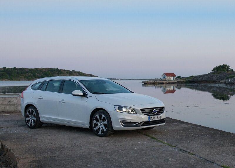"""""""Volvo"""" atsisako vidaus degimo variklių"""