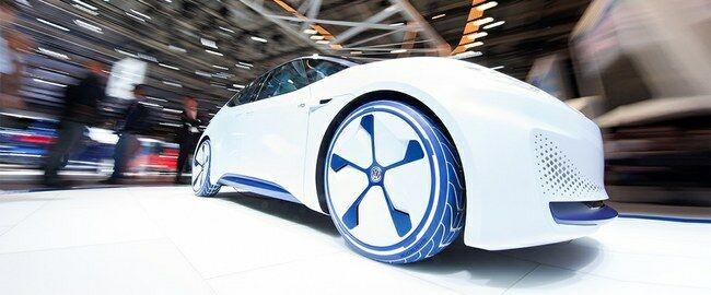 Volkswagen paskelbė pigiausio savo elektromobilio kainą