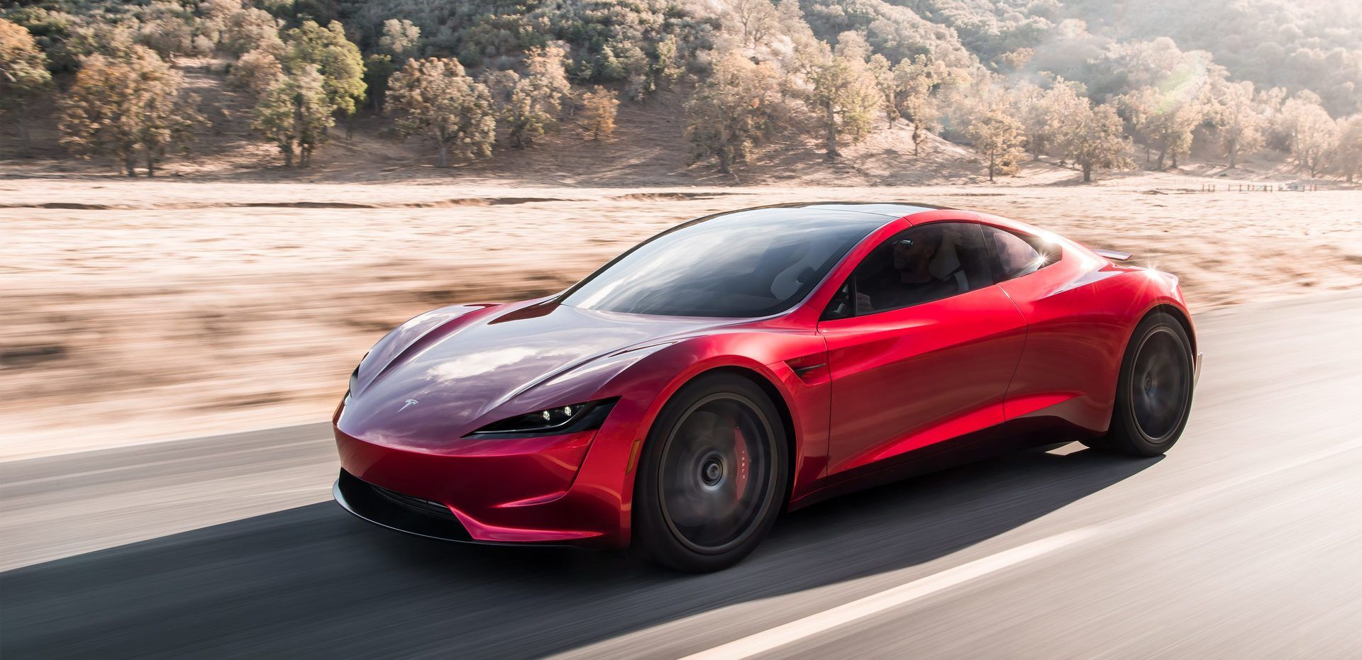 """Pats beprotiškiausias Elono pareiškimas gali tapti tiesa – """"naujasis Tesla Roadster turės specialų SpaceX paketą ir galės... skraidyti"""""""