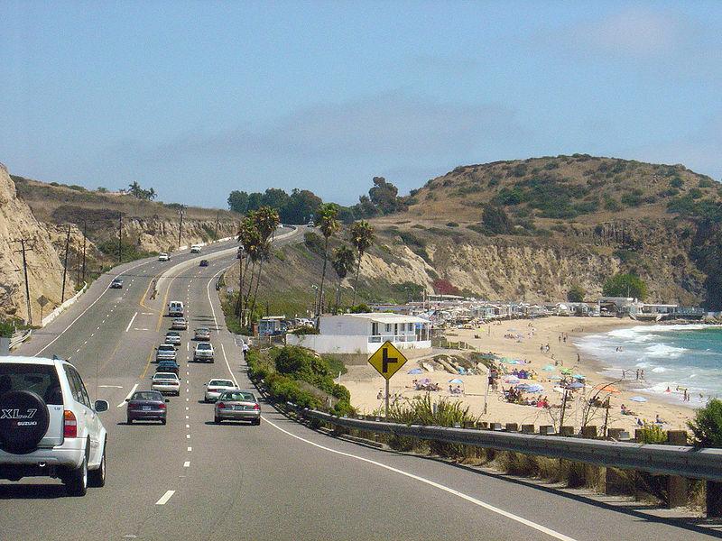 Du skirtingi siūlymai su tais pačiais argumentais - Kalifornija nori greitkelių be greičio apribojimų, o Vokietija galvoja jų atsisakyti