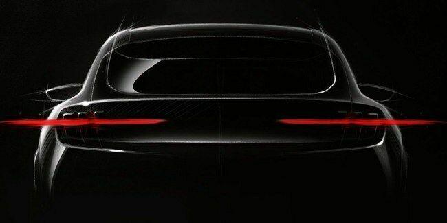 """Naujienos iš """"Ford"""": skelbiama apie pasirodysiantį """"Mustango įkvėptą elektromobilį"""" ir dabar tapo viskas aišku kodėl Muskas pareiškė, kad """"Ford bandė nužudyti seksą"""""""