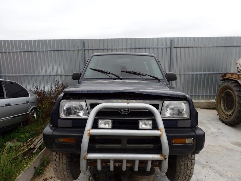 Daihatsu Feroza 1995 m dalys