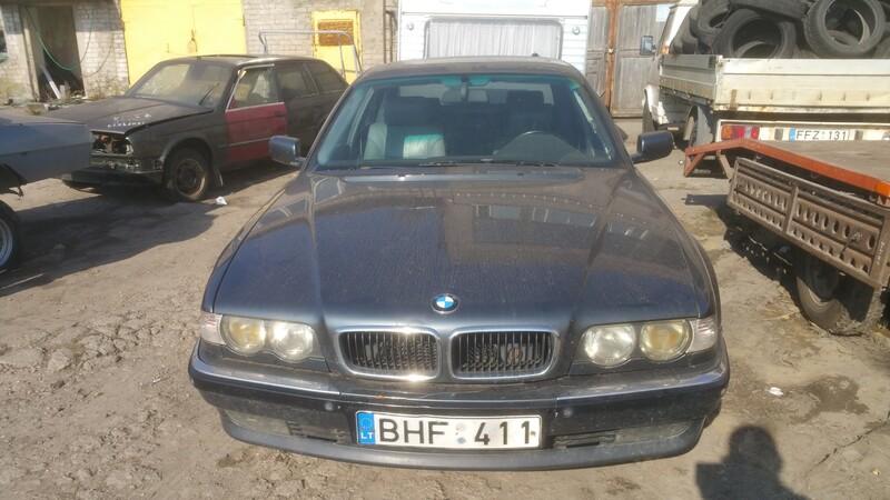 Bmw 730 E38 3.0D 1998 m dalys