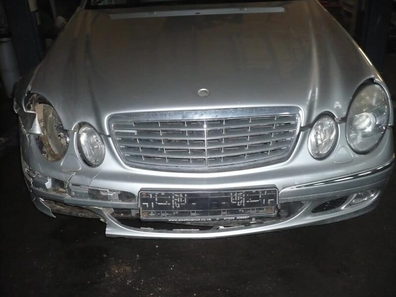 Mercedes-Benz E 270 W211 2003 m dalys