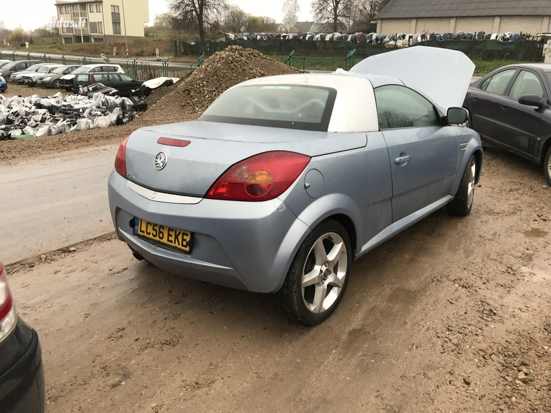 Opel Tigra II 2005 y. parts
