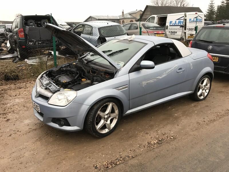 Opel Tigra II 2008 y. parts