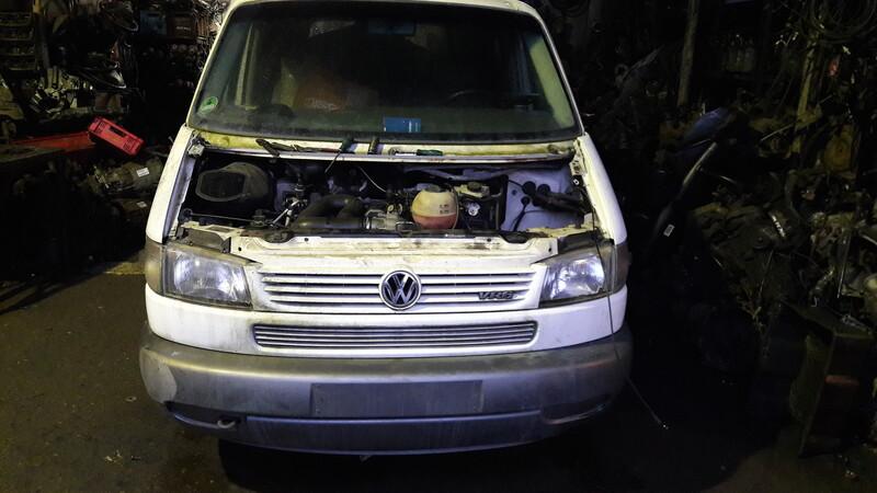 Volkswagen Multivan 1998 y parts