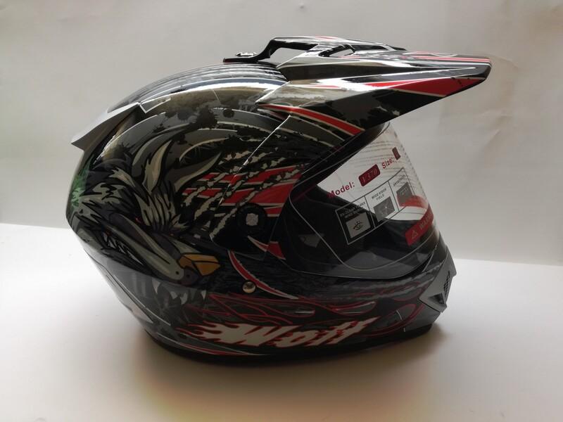 Helmets  Max v-370 wolf.
