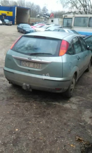 Ford Focus 2000 y. parts