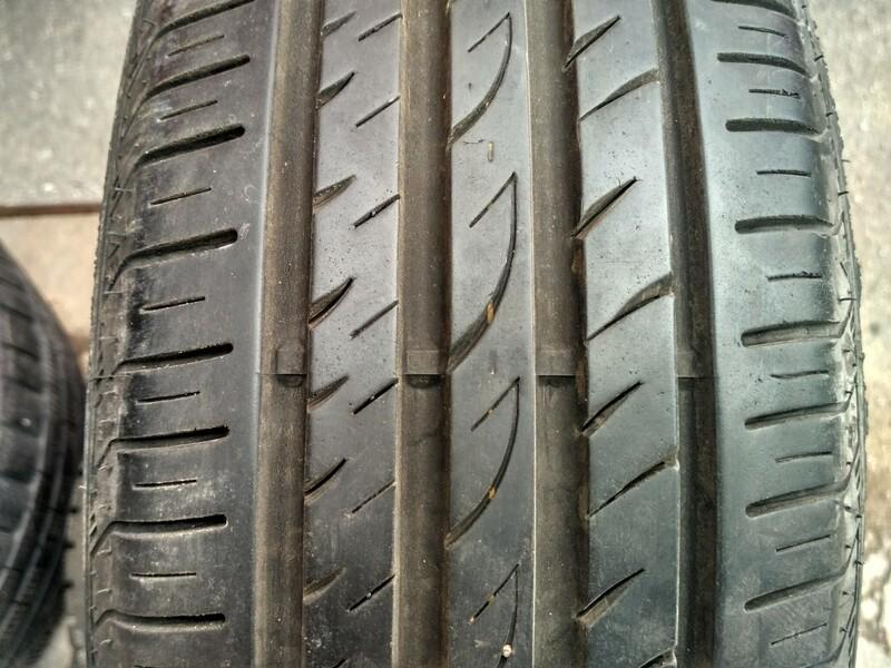 R17 летние  шины для автомобилей