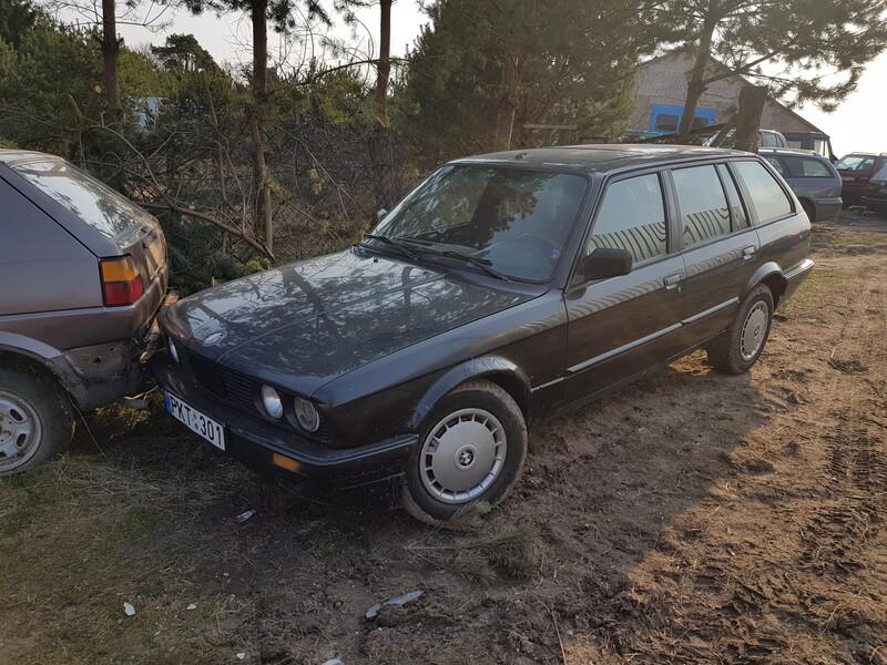 Bmw 318 E30 1990 m dalys