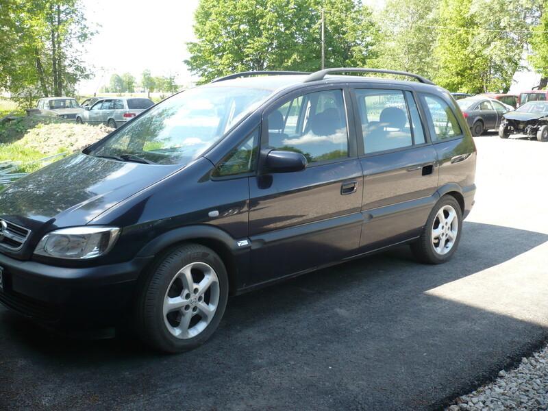 Opel Zafira A 2001 m dalys