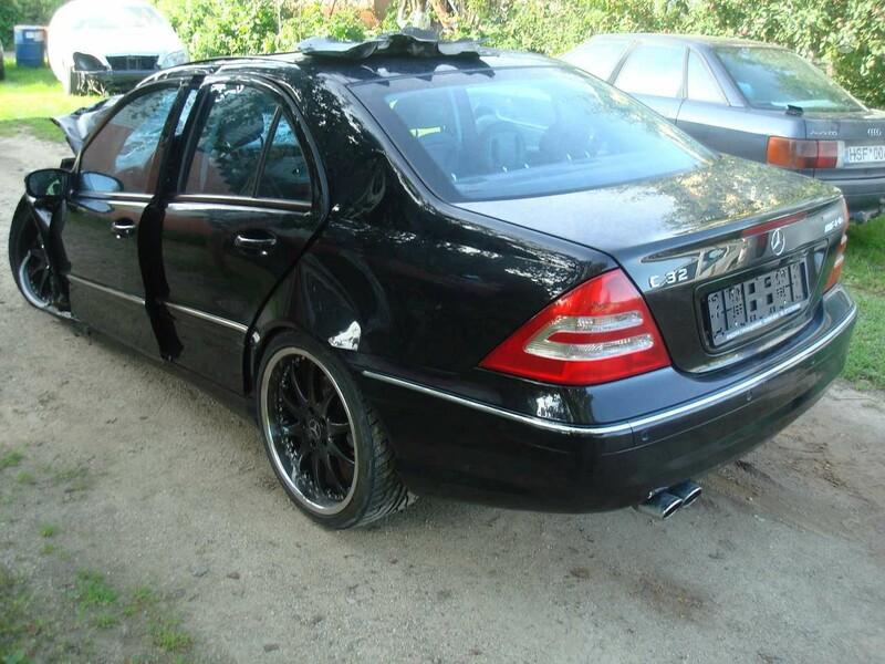 Mercedes-Benz C 32 Amg 2004 m. dalys