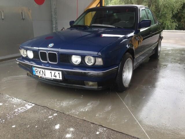 Bmw 525 E34 krabas 1990 m. dalys