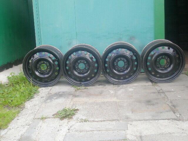 Ford R16 plieniniai štampuoti  ratlankiai
