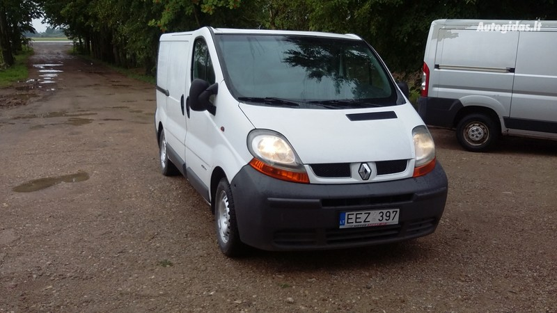 Renault Trafic 2004 m dalys