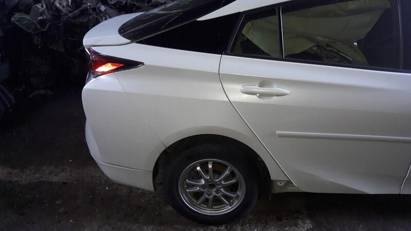 Toyota Prius IV 2017 m dalys