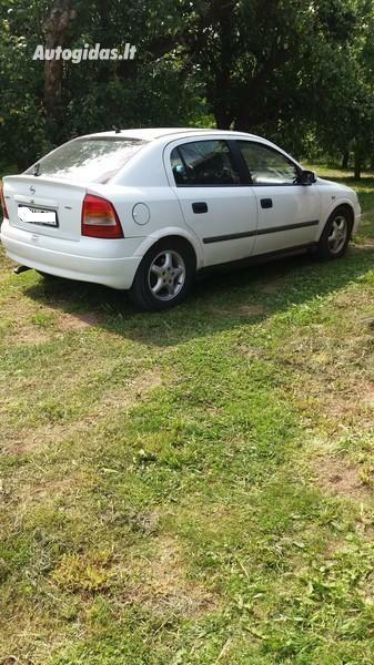 Opel Astra II 2001 m dalys