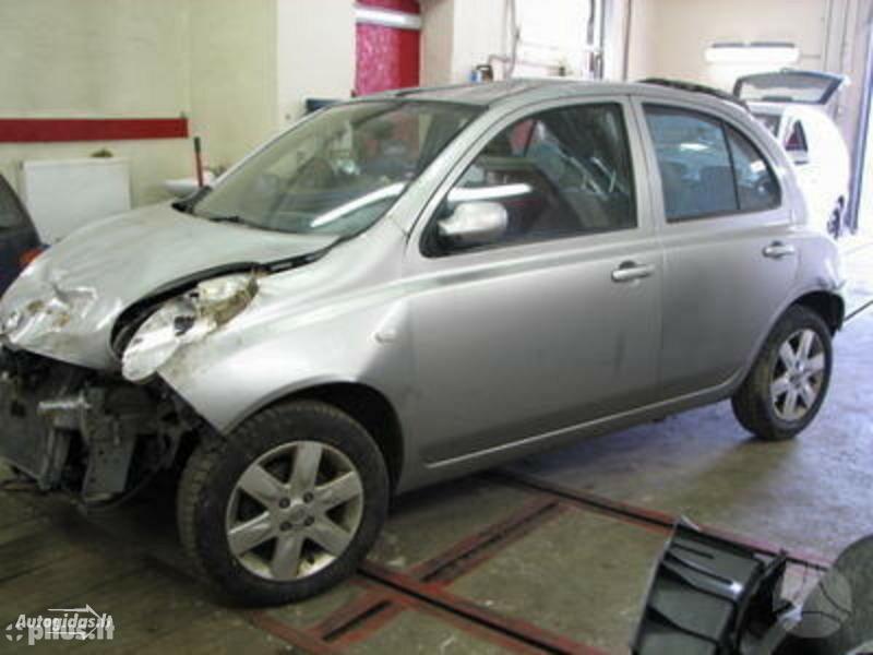 Nissan Micra 2004 m. dalys