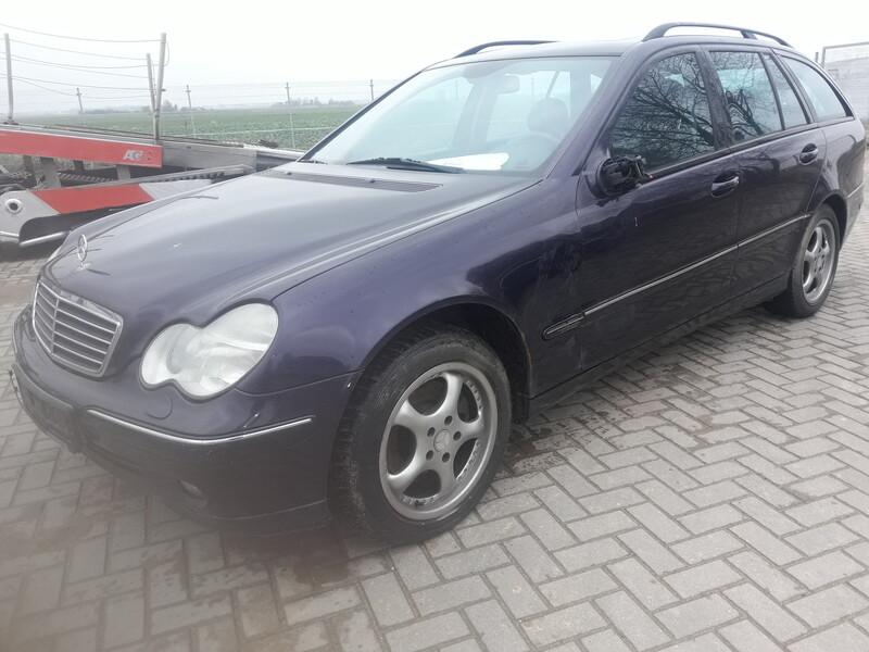 Mercedes-Benz C 270 W203 Dyzelinas  2002 m