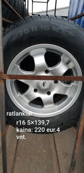R16 lengvojo lydinio  ratlankiai