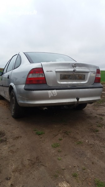 Opel Vectra B 1998 m dalys