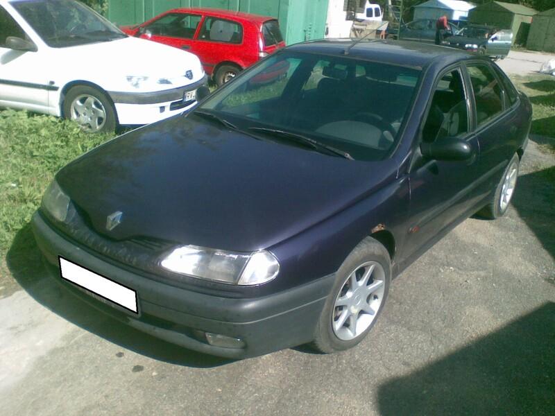 Renault Laguna I 1995 m dalys