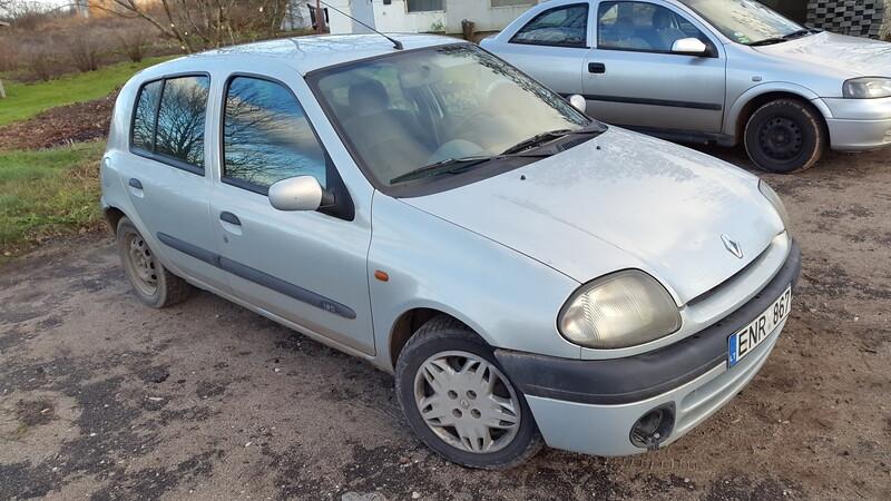 Renault Clio II 2000 m dalys
