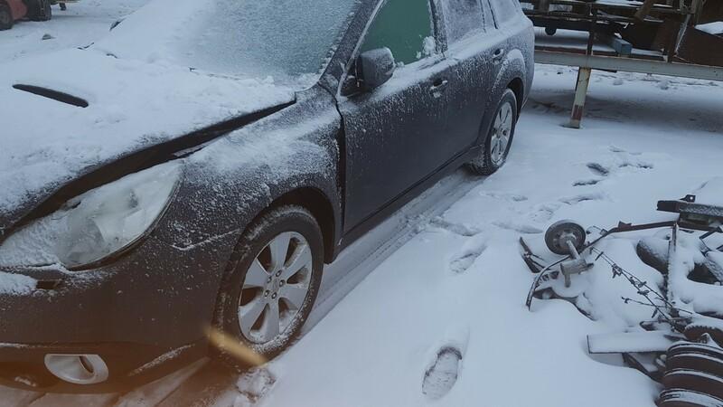Subaru Outback IV 2010 m dalys