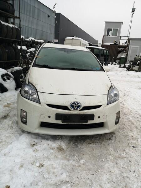 Toyota Prius I (1997 - 2000) 2010 m. dalys