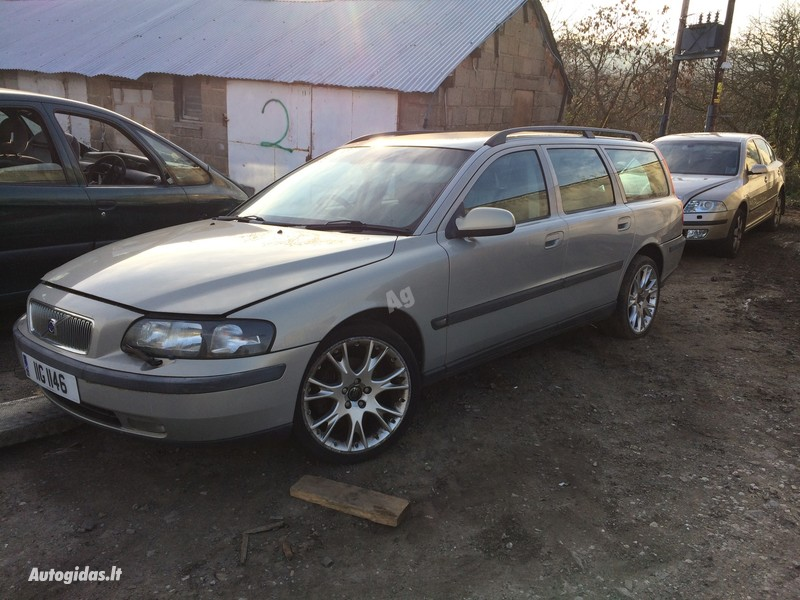 Volvo 2002 m dalys