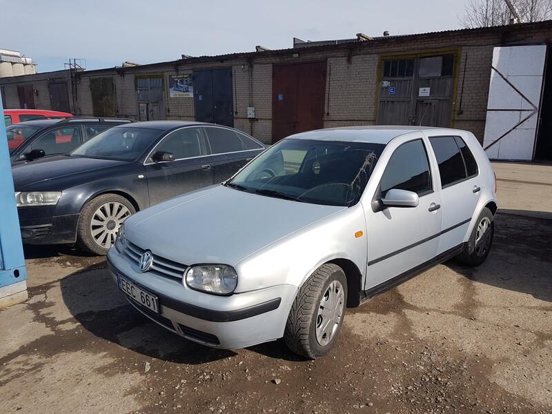 Volkswagen Golf IV 1.9 SDI 50 KW 1998 m dalys