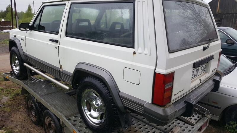 Jeep Cherokee II 1989 m dalys