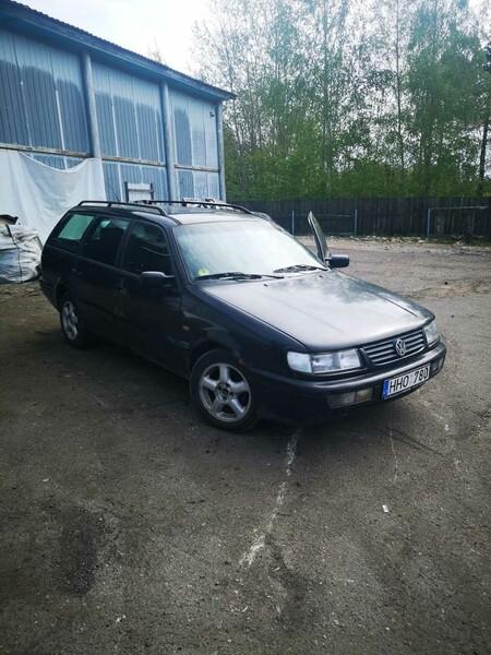 Volkswagen Passat B4 1996 m dalys