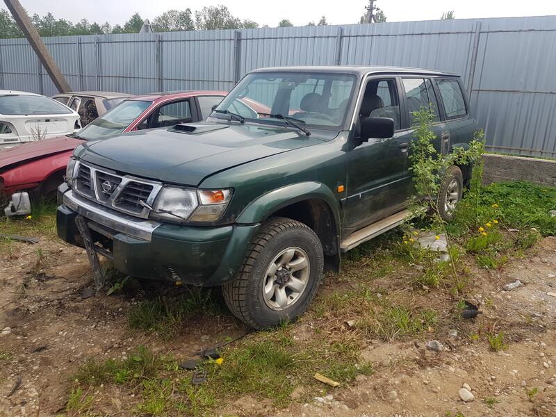 Nissan Patrol 2002 y parts