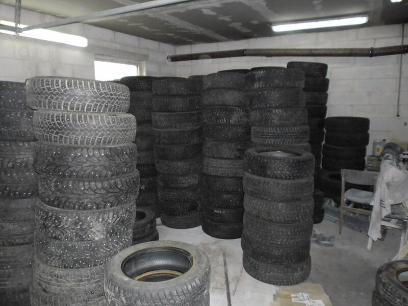Goodyear R17 летние  шины для автомобилей