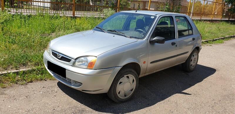 Mazda 121 37 kW 2002 m dalys