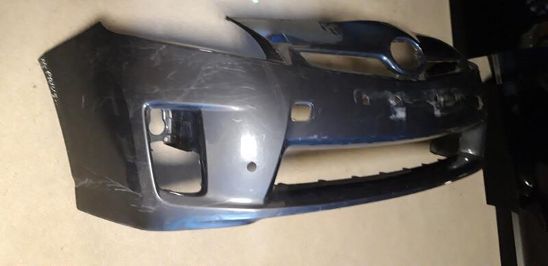 Toyota Prius 2011 m dalys