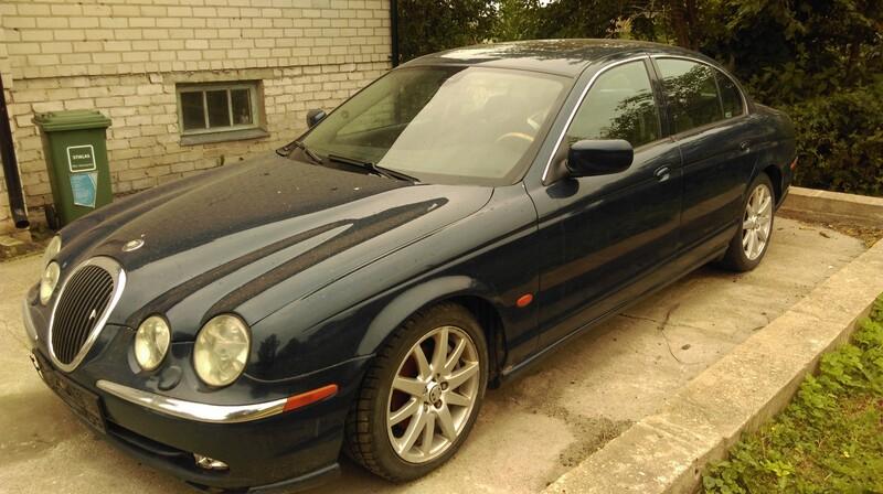 Jaguar S-Type 2003 m dalys