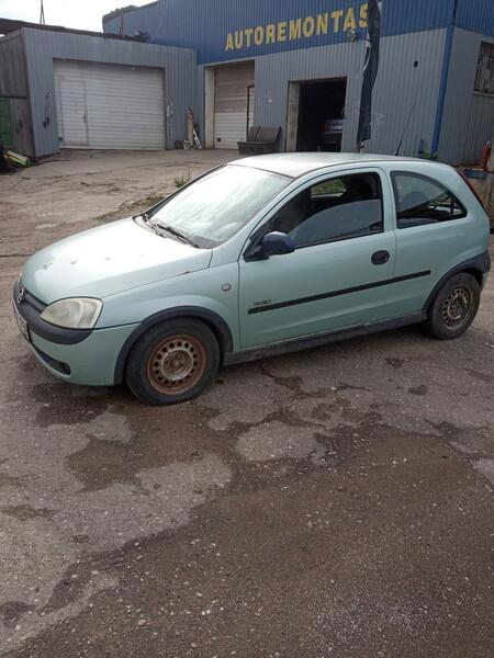 Opel Corsa 2002 m dalys