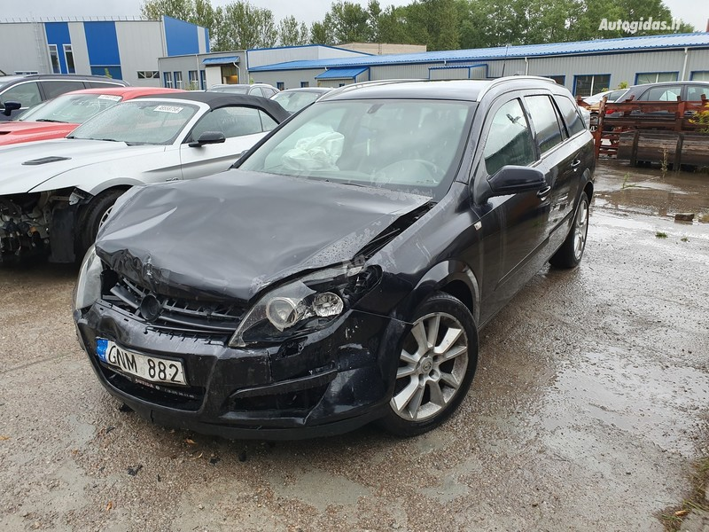 Opel Astra III 1.9 DYZELIS 110 KW 2004 m dalys