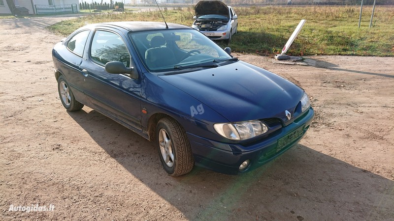 Renault Megane I Coupe 1996 y parts