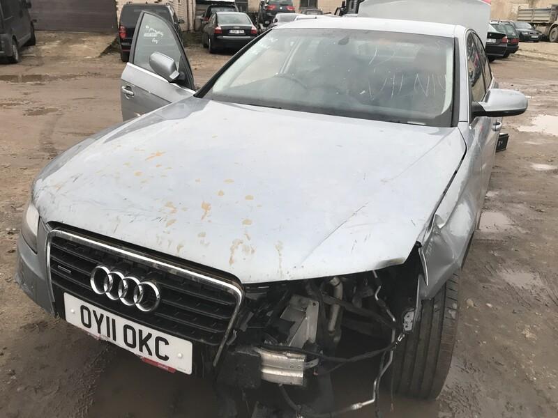 Audi A4 B8 2009 y parts