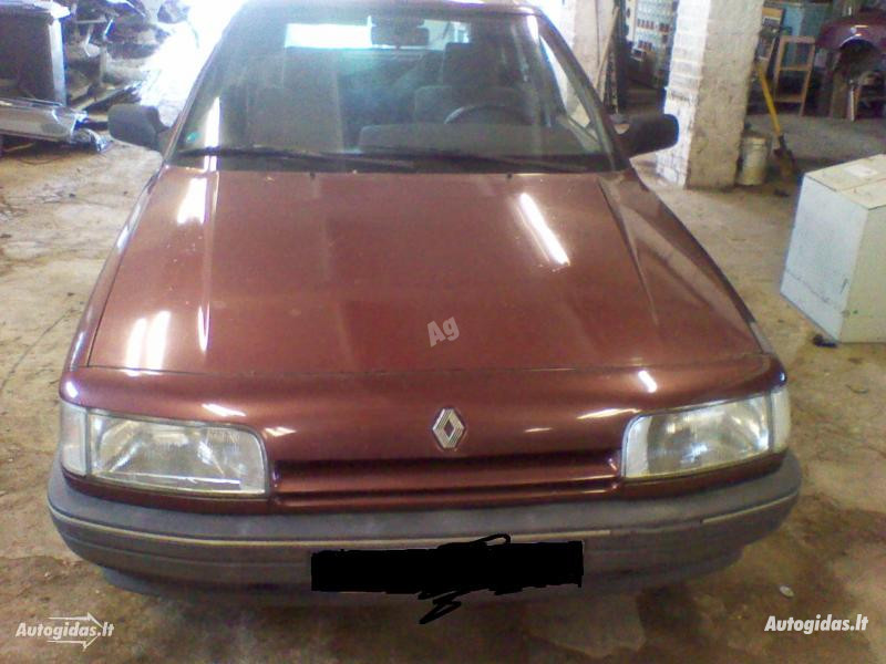 Renault 21 1991 m dalys