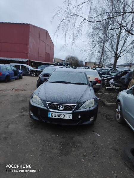 Lexus Is 220 2006 m dalys