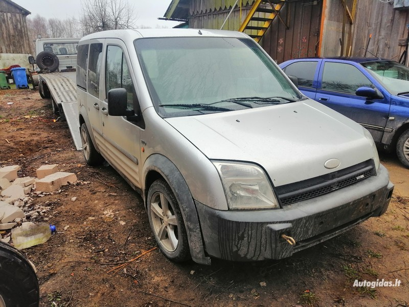 Ford Connect Tourneo 2004 m dalys