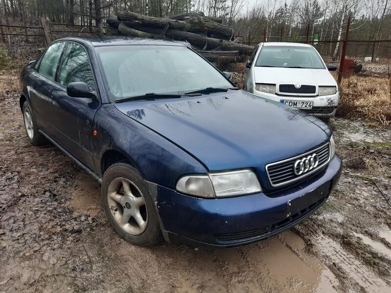 Audi A4 B5 1994 г запчясти